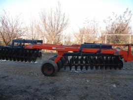 Disc agricol Gregoire Besson 5 metri Latime/Pliabil/PlugKuhn