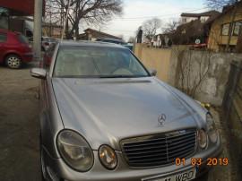 Mercedes  E270 2002