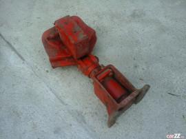 Cupla tractor U 650 inchidere automata remorca.