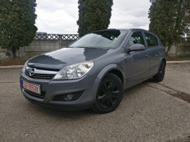 Opel Astra h,13 cdti 6 trepte, senzori ploaie,lumina