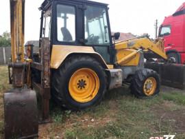Buldoexcavator MF 860 4x4