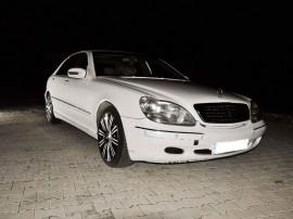 Dezmembrez Mercedes s500