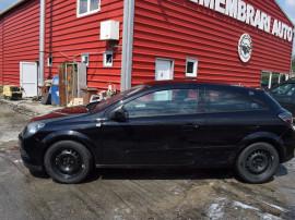Usa stanga Opel Astra H coupe 522