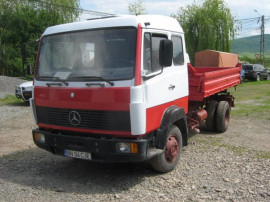 Mercedes 817 bascula