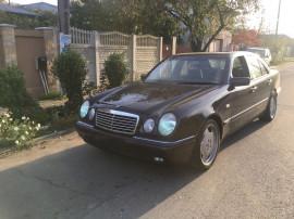 Mercedes Benz E-Class 200