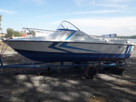 Barca cabinata Arcoa 530 +Mercury 90 cp + peridoc