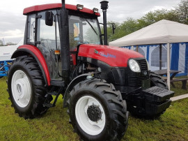 Tractor Yto X904