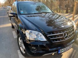 Mercedes ML 320,km 94.600,carte service repr Mercedes