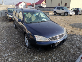 Ford mondeo an 2001 2.0i