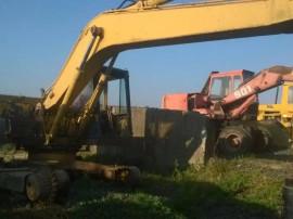 Excavator Komatsu PC210, dezmembrez