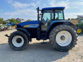Tractor New Holland TM 175