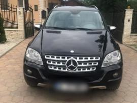 Mercedes benz ml 300 cdi blue efficiency