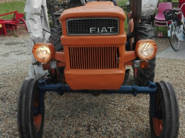 Tractor fiat 250