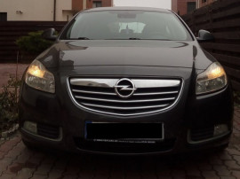 Opel Insignia / 2.0 CDTI (Diesel) /160 CP / cutie automata