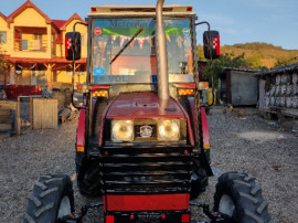 Tractor Universal 453 DTC