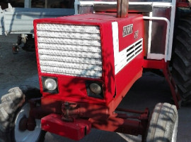 Tractor fiat 880