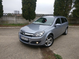 Opel astra h,climatronic, navi color, pilot auto