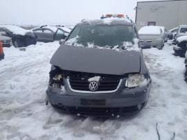 Dezmembrez Volkswagen Touran 1.9 TDI