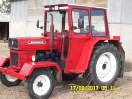 Parbriz geam luneta tractor Universal U445 UTB