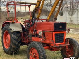Tractor UTB 550 cu incarcator