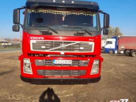 Cap tractor Volvo FM + Semiremorca Schmitz O4