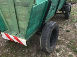 Căruță după tractor