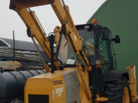 Buldoexcavator ford DF 9 in 4 cilindrii