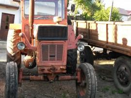 Tractor U650M cu plug, grapa cu discuri, semanatoare