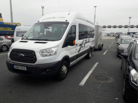 Microbuz Ford Transit