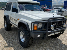 Nissan patrol 2,8 Diesel AUTOUTILITARÄ N1