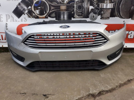 Bara Fata Ford Focus 3 Facelift