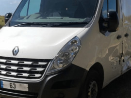 Dezmembrez Renault Master 2.3 2014