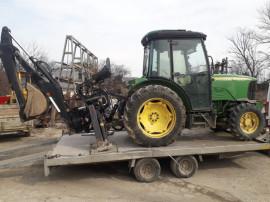 Incarcator brat de excavat tractor