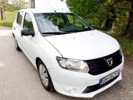 Dacia Sandero 2015 Full