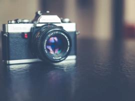 Aparate foto și accesorii